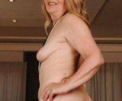 ????Very Sexy Single 0lder Women Ready ??Enjoy Nice Asss Super Wet Pusssssy ????